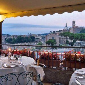 sky-bar-roof-garden-hotel-forum-roma-vista-fori-imperiali