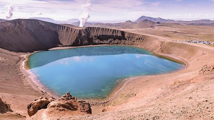 caldera vulcano lago islanda